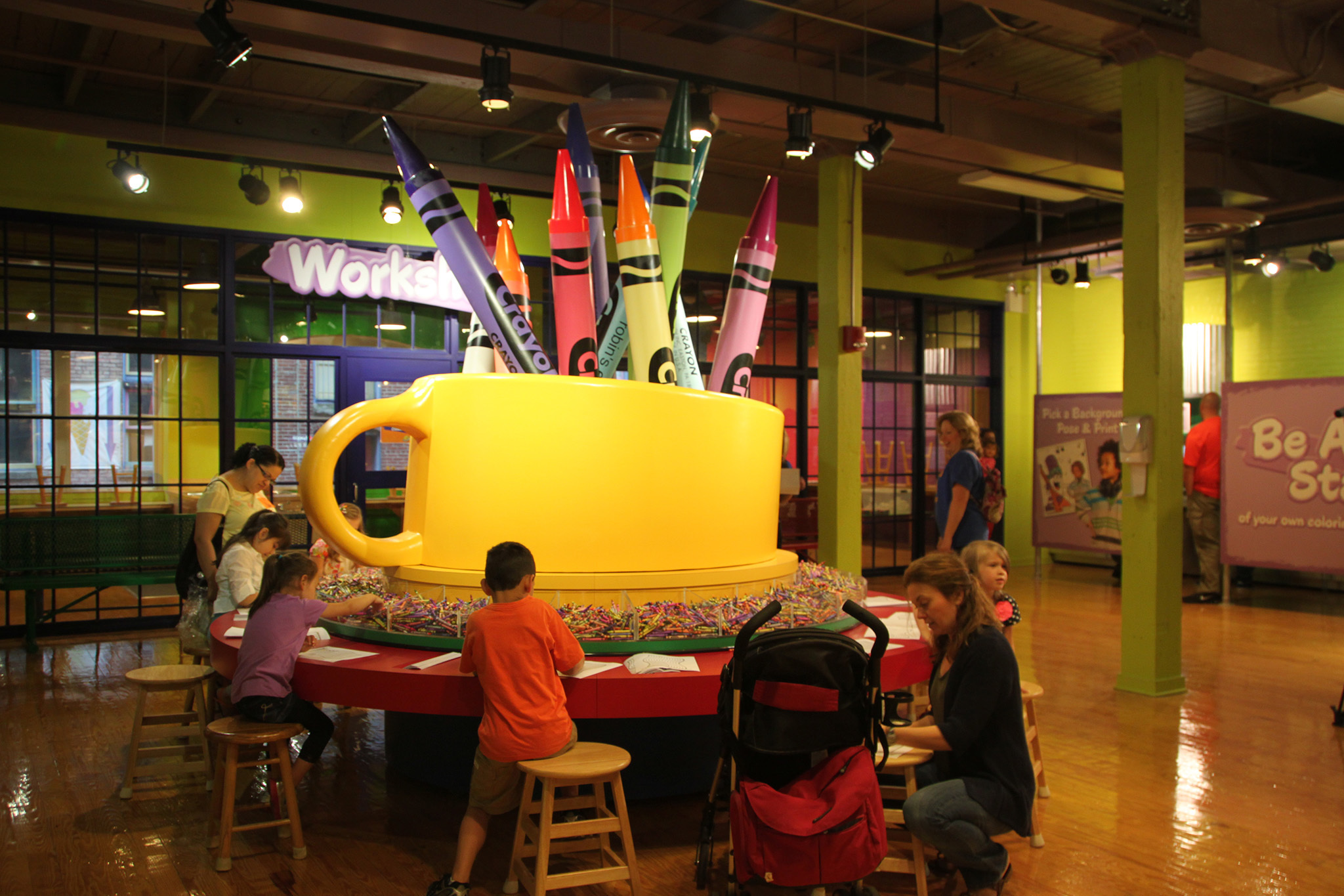 Family trip ideas day trip to crayola experience in for Day trip to nyc with kids
