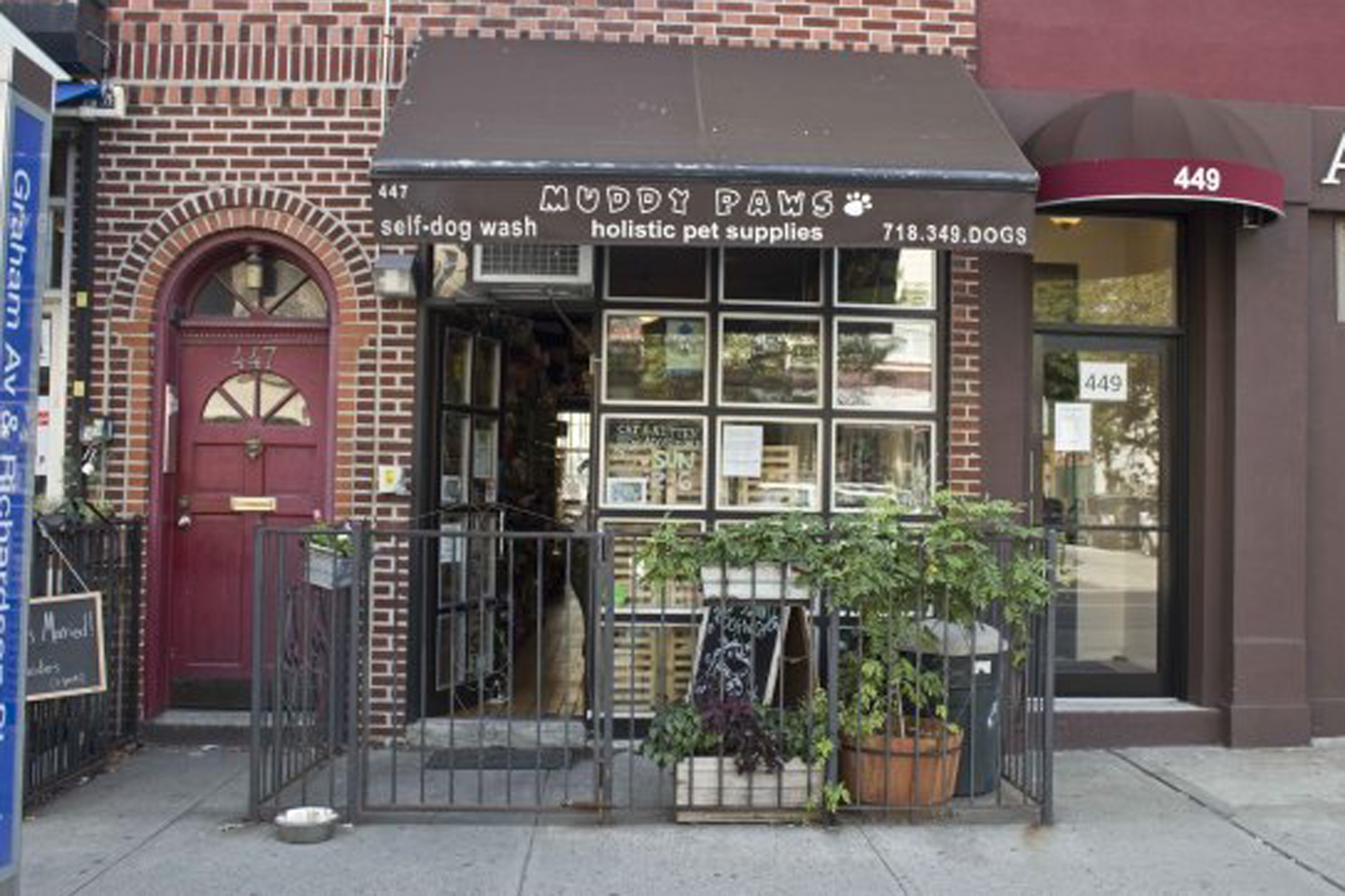 The best pet supply stores in nyc muddy paws solutioingenieria Choice Image
