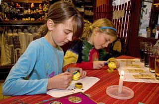 A Ukrainian Easter Family Workshop
