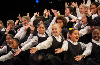 Young People's Chorus of New York City: Songs of the Season