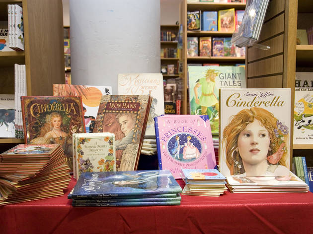 books_of_wonder_04.jpg