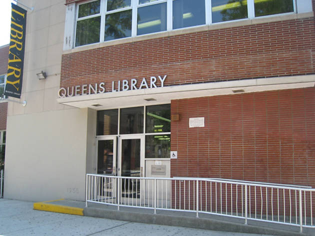 Queens Library, Steinway Branch
