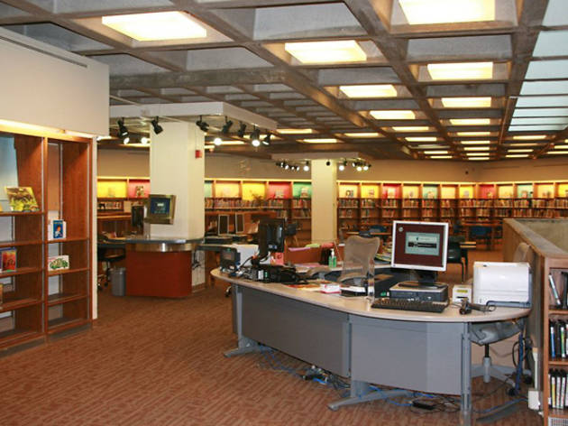 New York Public Library, Belmont Branch