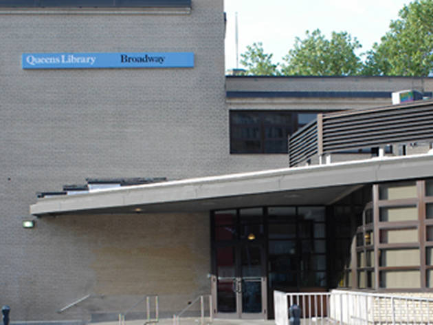 Queens Library, Broadway Branch