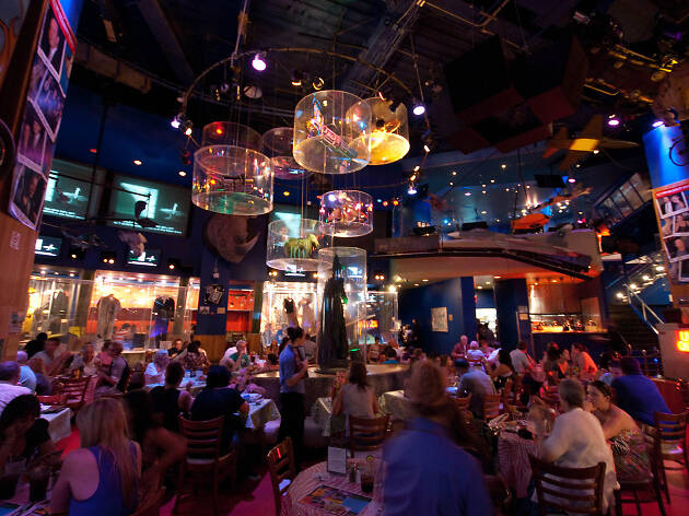 planethollywood01.jpg