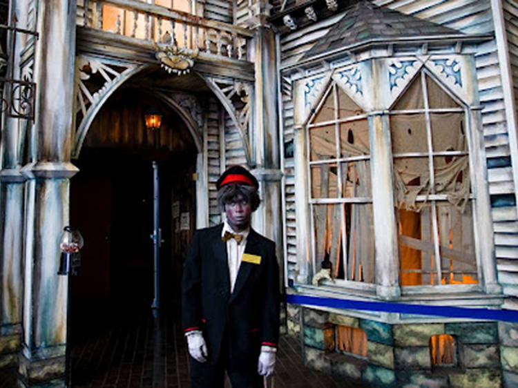 Gravesend Inn Haunted Hotel