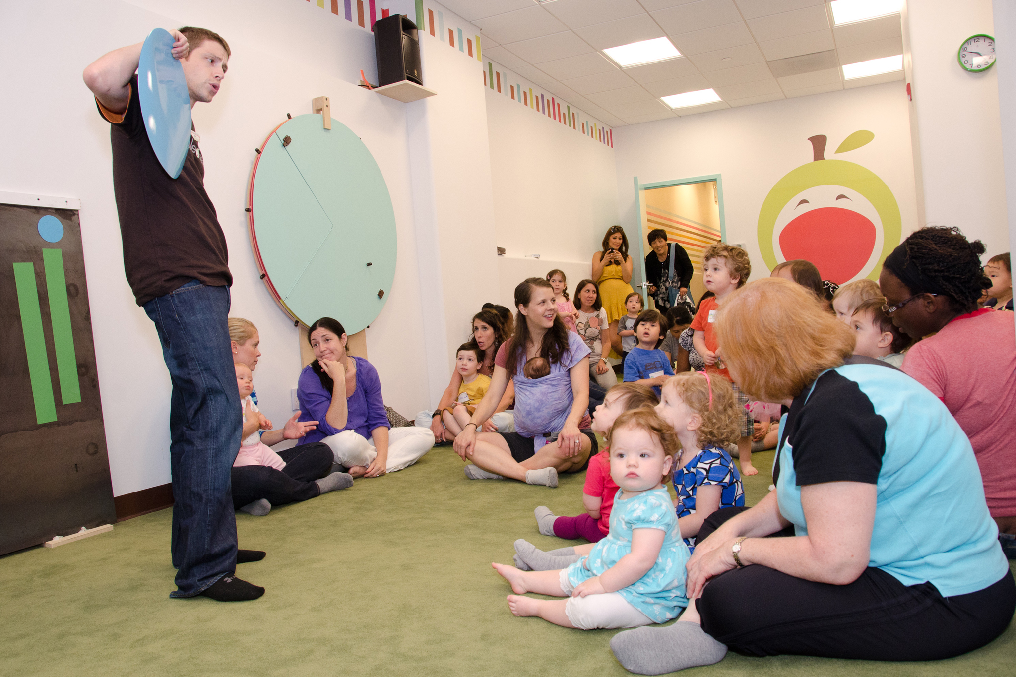Play space and indoor gym classes