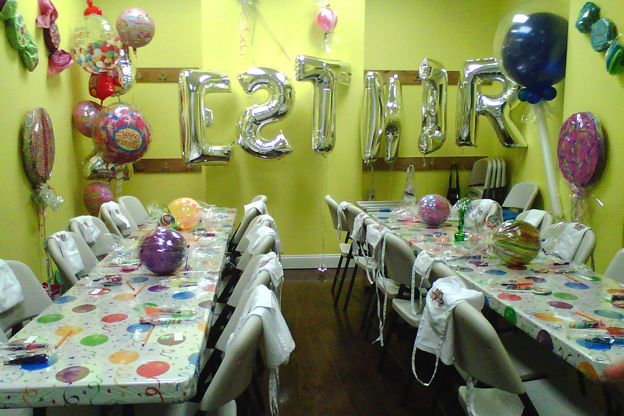 Best kids 39 birthday party places in nyc for Places to get home decor