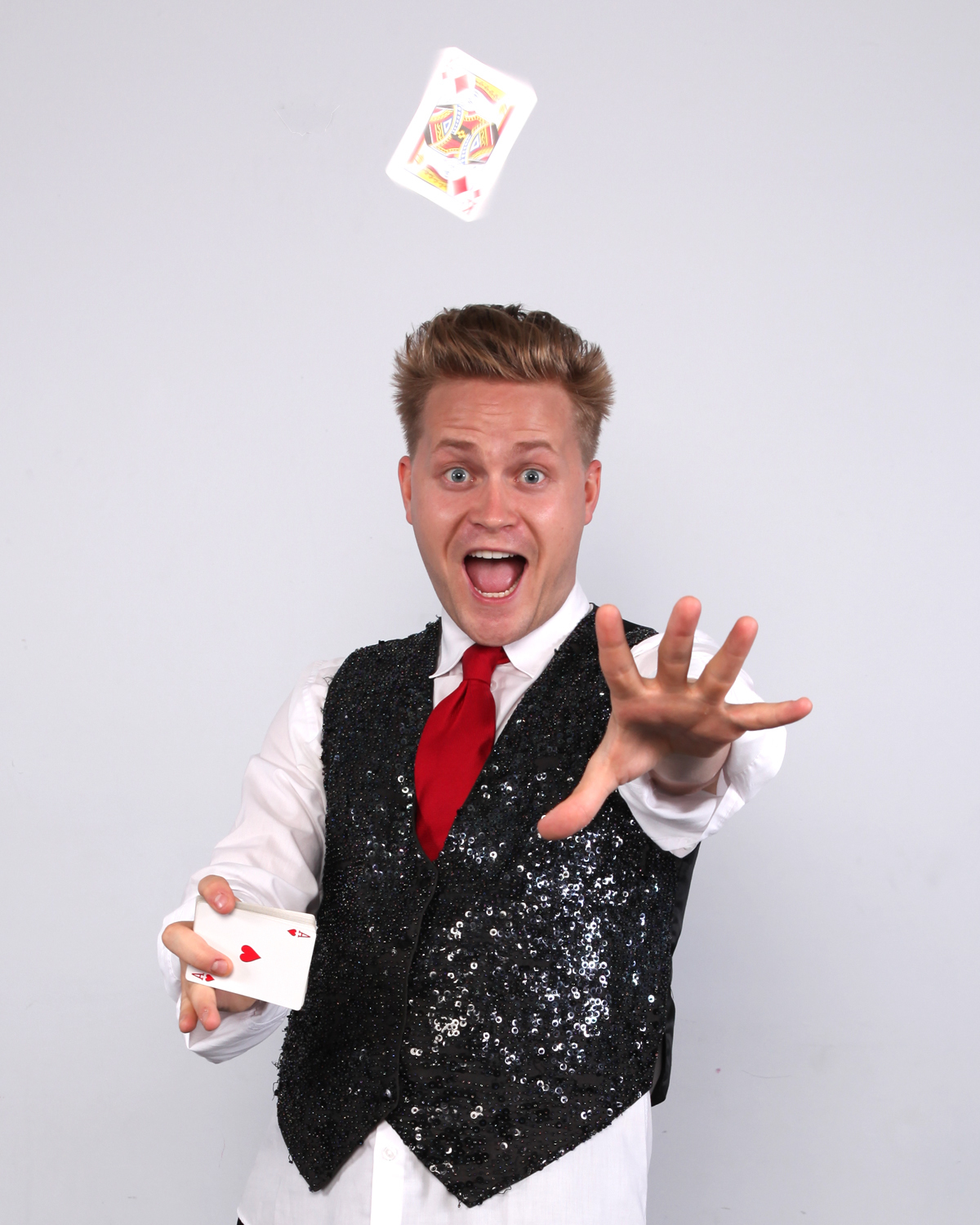 Magicians for kids' birthday parties in NYC