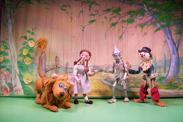 See a sweet show at Puppetworks
