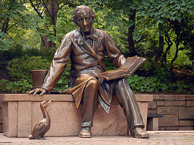 Hans Christian Anderson Statue in Central Park