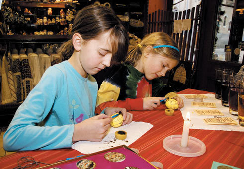Decorating Easter eggs (2009)