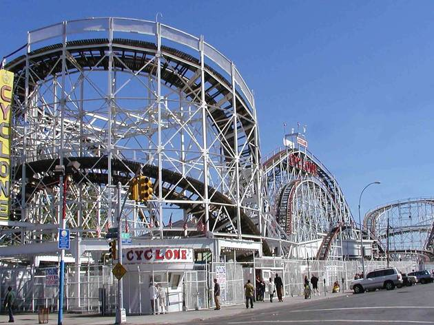 Get your thrills at Luna Park!