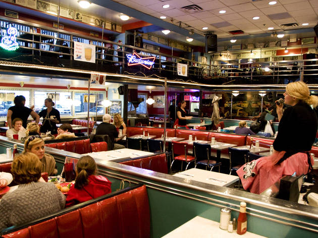 Fun Restaurants In Nyc For Kids 1 Ellen S Stardust Diner