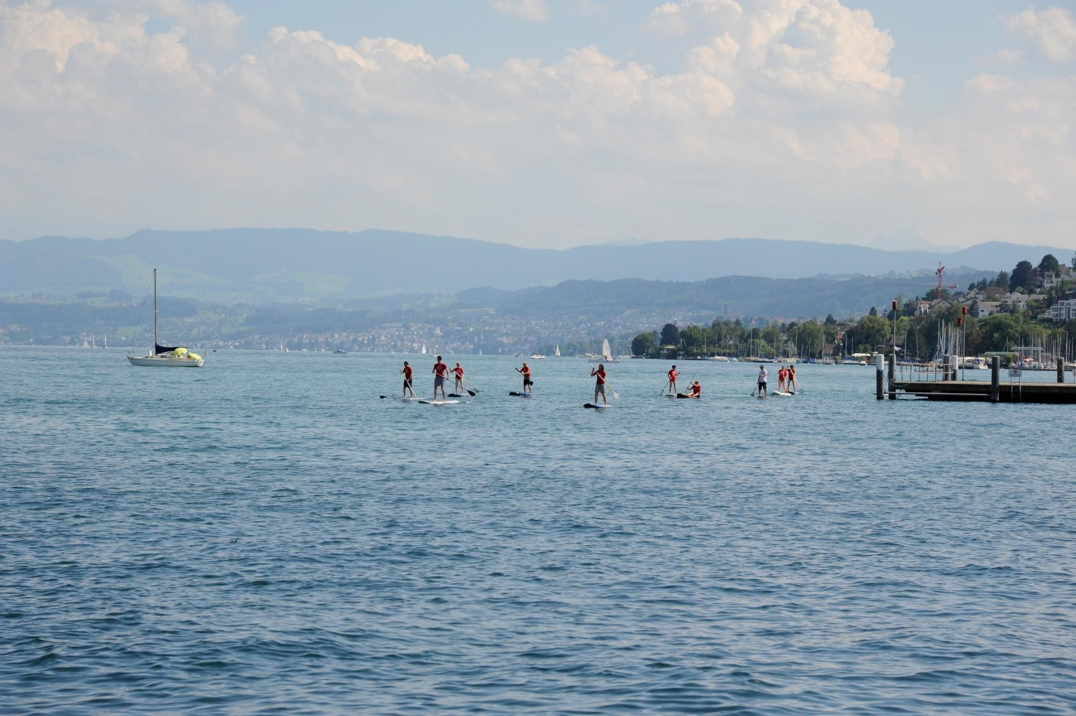 Stand-up paddling  •  Zurich