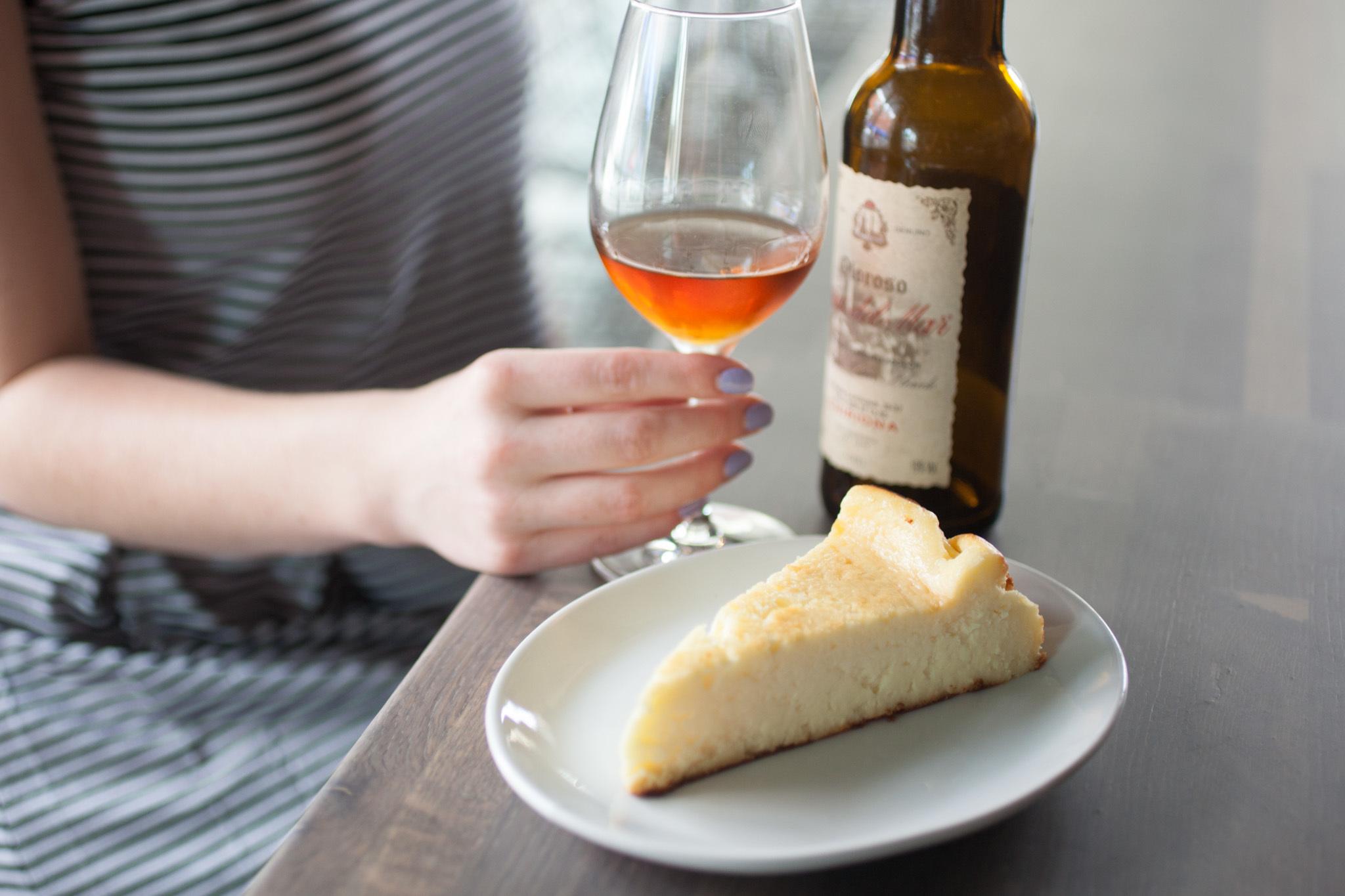 Cheesecake at Bom Bolla