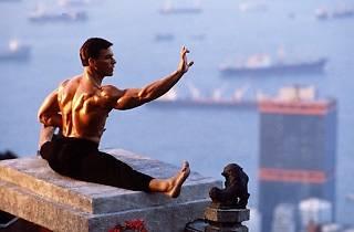 Grand Ecart - Jean-Claude Van Damme - JCVD - Bloodsport