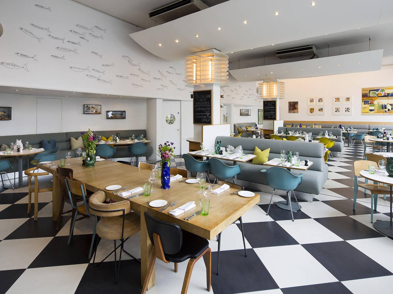 Londons best deals for pre theatre and set menus restaurants kensington place malvernweather Images