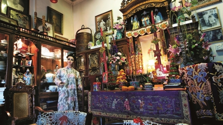 Guide to Peranakan culture