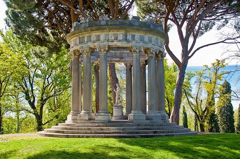 Viajar al período romántico en el Parque de El Capricho
