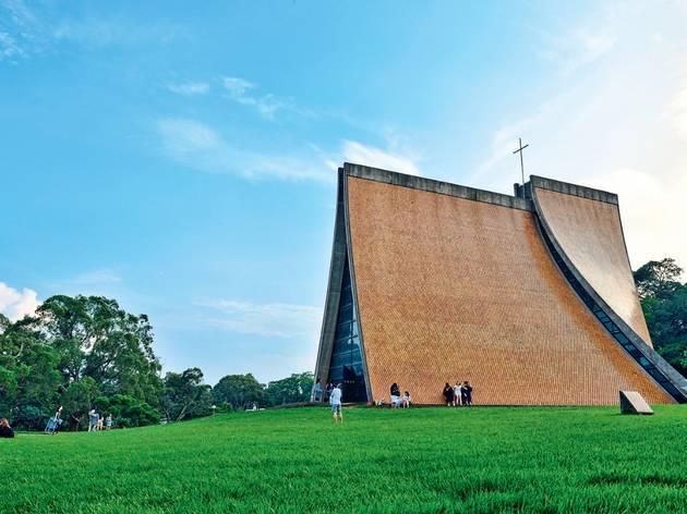 Make an architectural pilgrimage