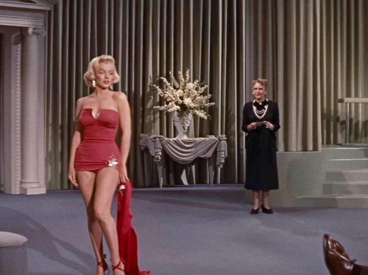 Cómo casarse con un millonario (1953)