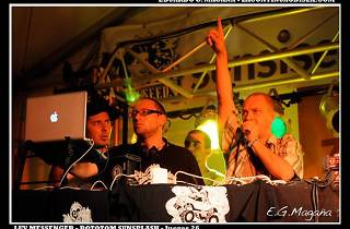 Reggae Factory: Luv Messenger + Blackup