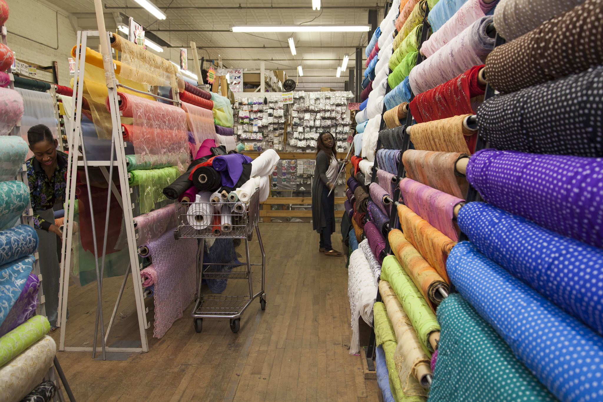 Best chicago fabric stores for sewing projects patterns for Fabric sellers
