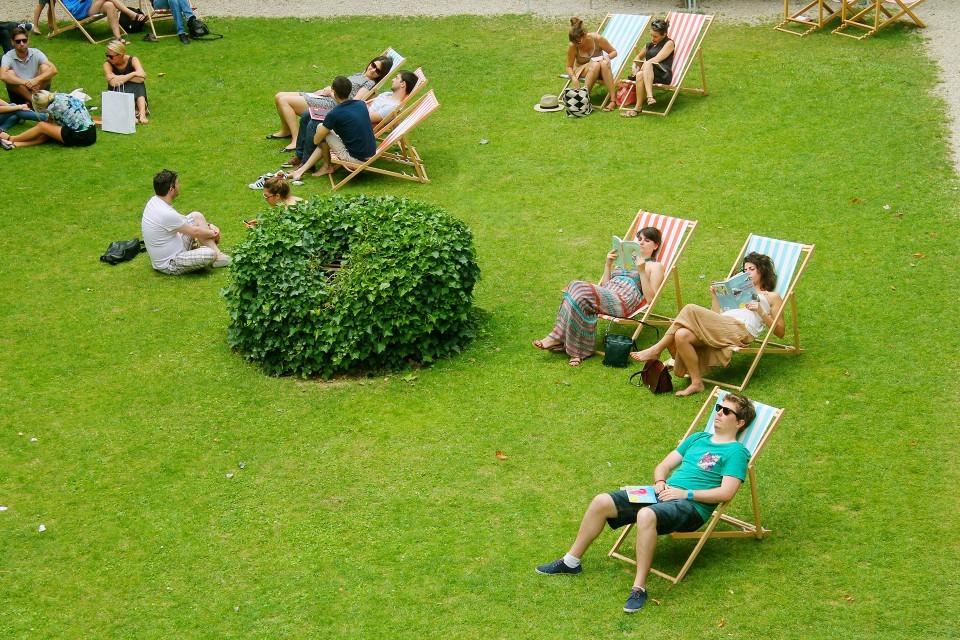 Cet été, lisons en short à l'Institut Suédois