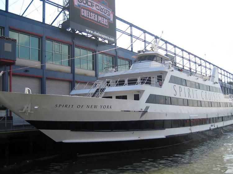 New York Dinner Cruise by Entertainment Cruises
