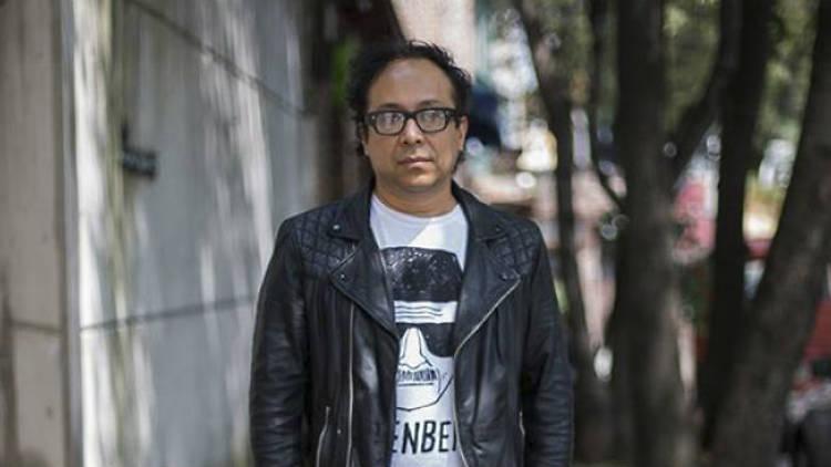Gustavo Prado es el creador de MEXTILO e investigador de moda mexicana.