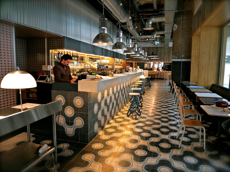 Grand central restaurants in 19e arrondissement paris - Bar le central ...
