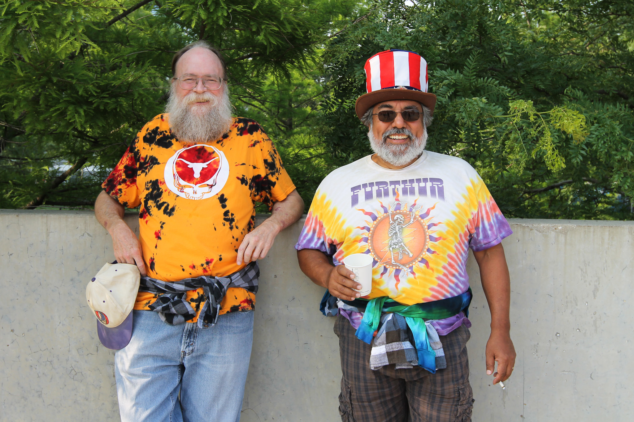 Grateful Dead fans swarm into Soldier Field parking lots