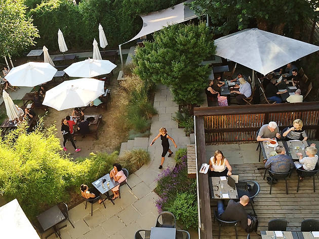 guildford arms, beer gardens in london