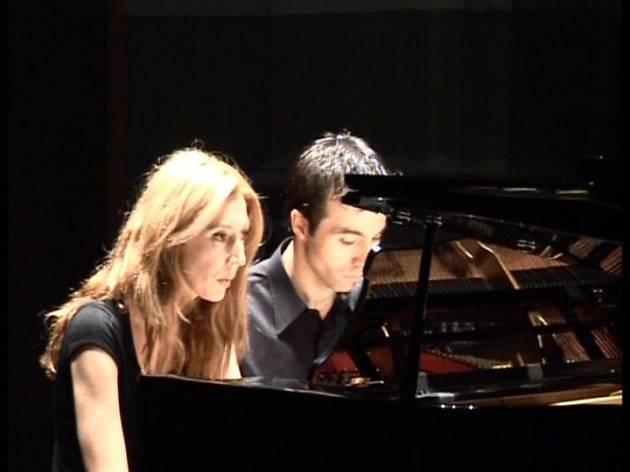 30 minuts de música: Duet pianístic Tena Manrique