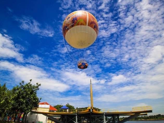 Skyrides Festivals Park