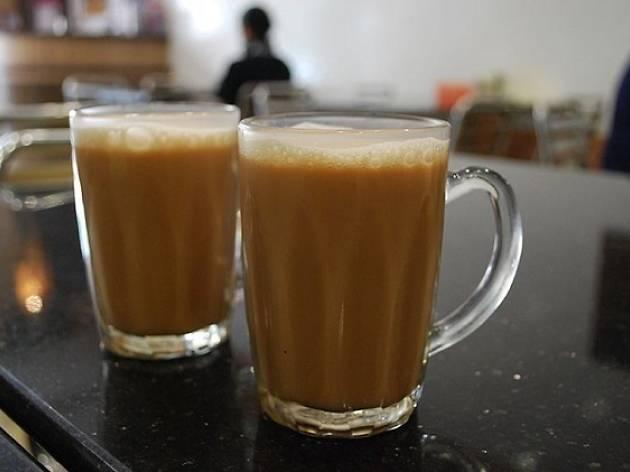 Seek out the oldest, tastiest teh terik
