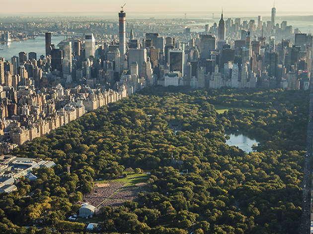 Be dazzled by these aerial photos of New York in the summer
