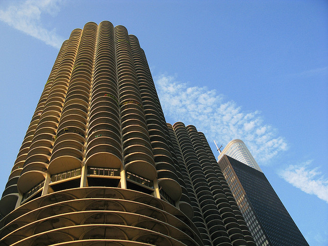 Marina City towers on way to becoming Chicago landmark