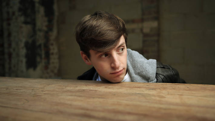 Alex Edelman: Everything Handed to You
