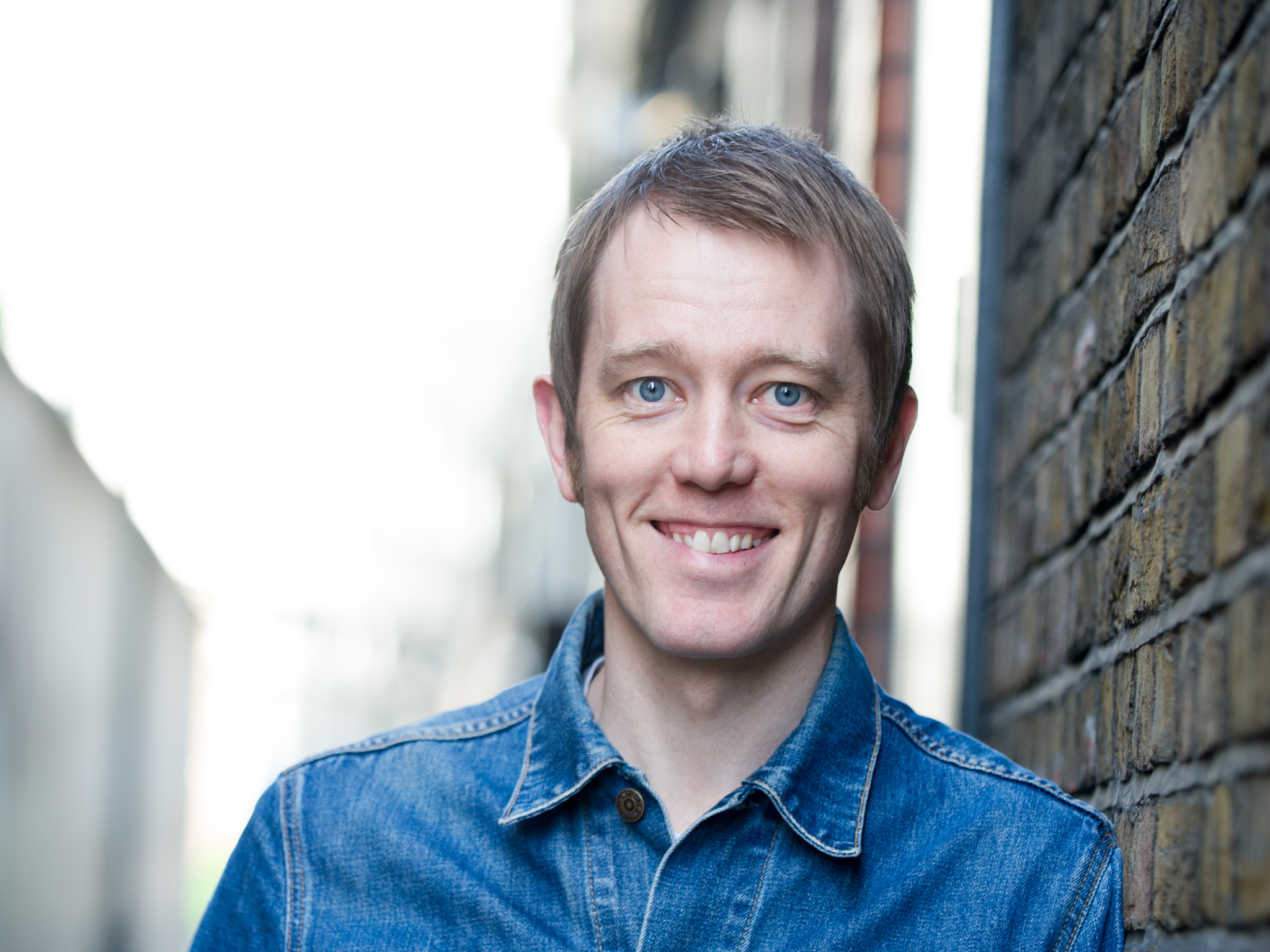 Alun Cochrane: A Show with a Man in it