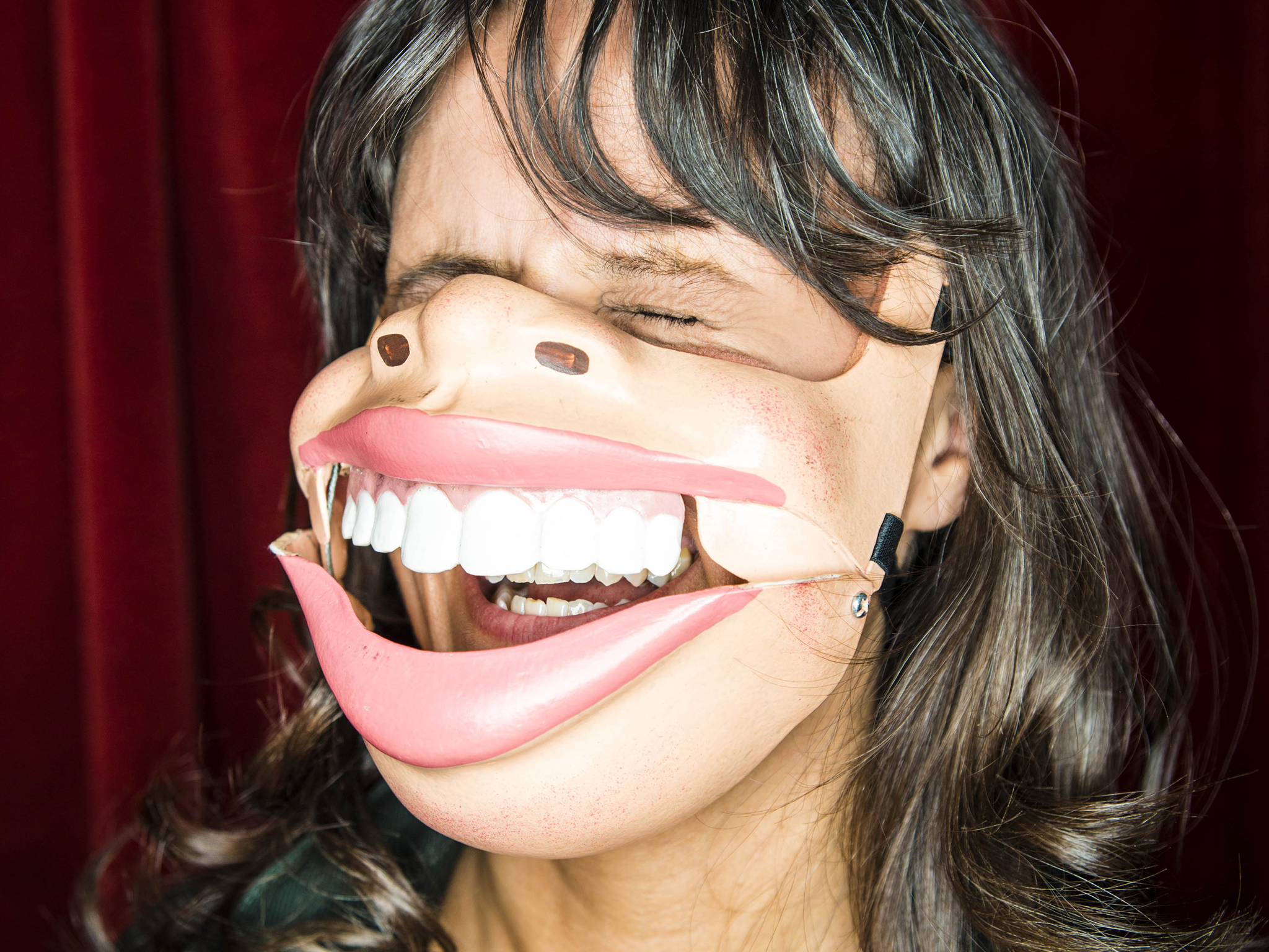 Nina Conti: In Your Face