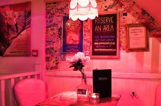 late-night bars - Simmons, Kings Cross