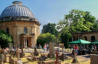 Brompton Cemetery Open Day