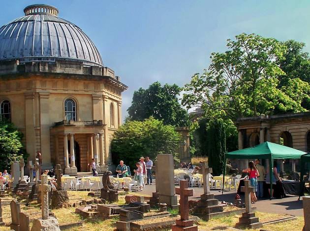 Brompton Cemetery Open Day