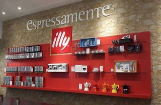 Illy Coffee: Surrounding Coffee With Art