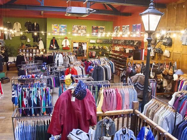 Blitz Shopping In Brick Lane London