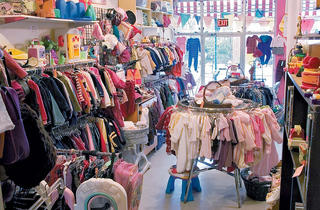 Kids' consignment shops and thrift stores in New York City