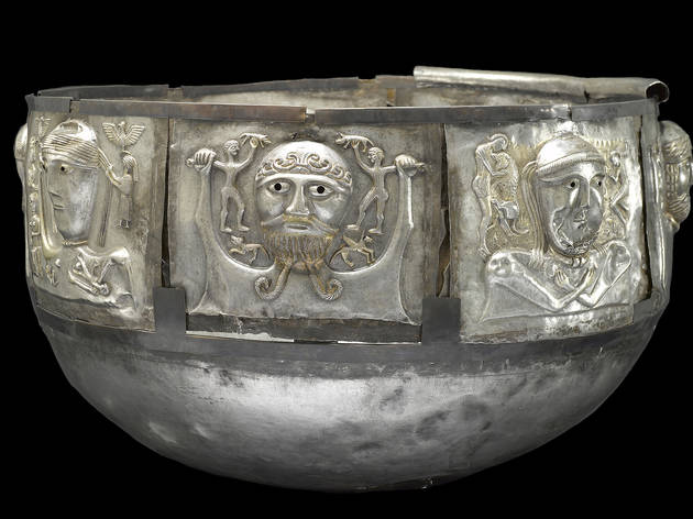(Gundestrup Cauldron, Gundestrup, northern Denmark, 100 BC–AD 1 © The National Museum of Denmark)