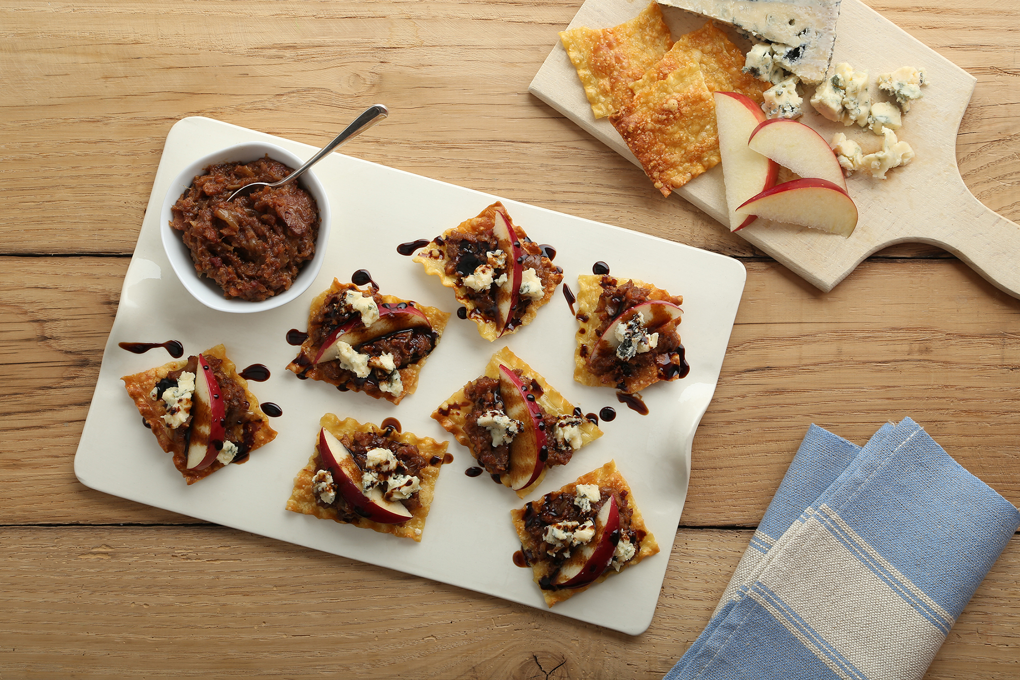 Lasagna Chips with Bacon Onion Jam
